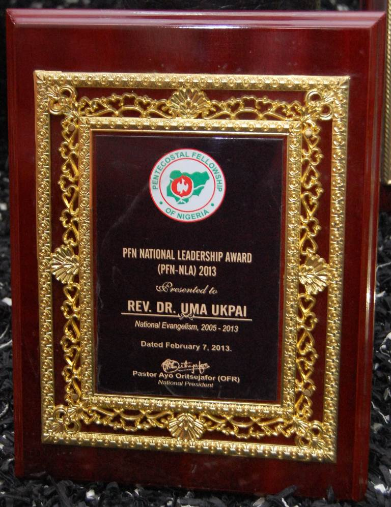 PFN National Leadership Award 2013 presented to Rev. Dr. Uma Ukpai on 7th February, 2013.